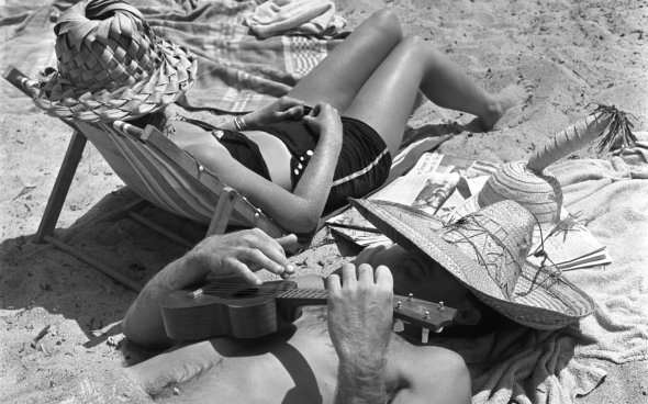 Vintage-Beach-Lounge-Music-13-LIFEBW0616